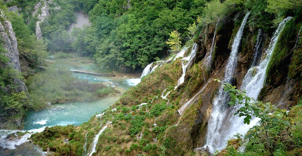 cascade-croatie-lacs-plitvice-chute-eau