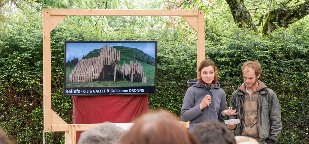 17-Reliefs-Pic-Capucin-Mont-Dore-Clara-GALLET-Guillaume-DRONNE-horizons-sancy-art-nature-blog-Récupéré