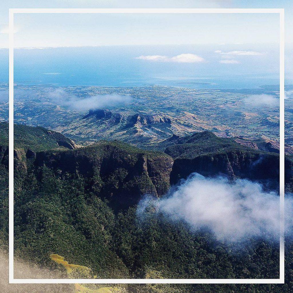 Les Fidji vue du ciel  passionpasseport passionvoyage neverstopexploring blogtripfrenchbloghellip